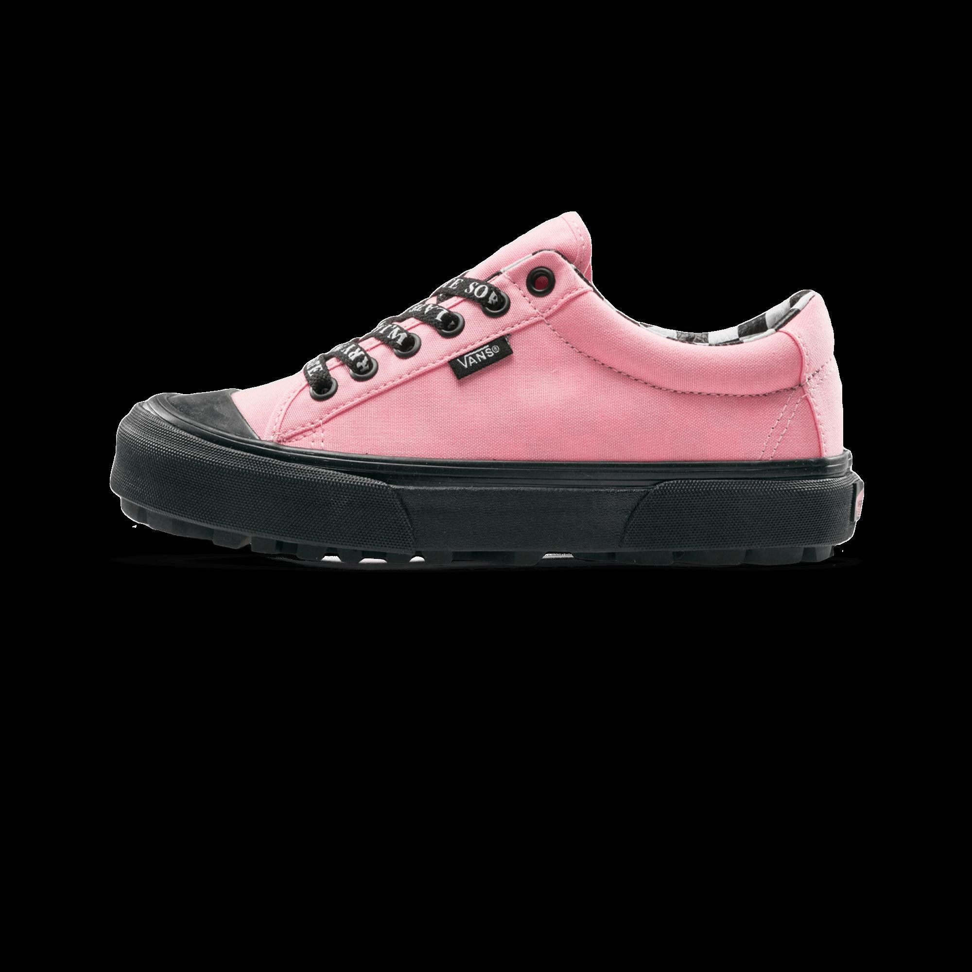 Style 29 x Lazy Oaf pink / black
