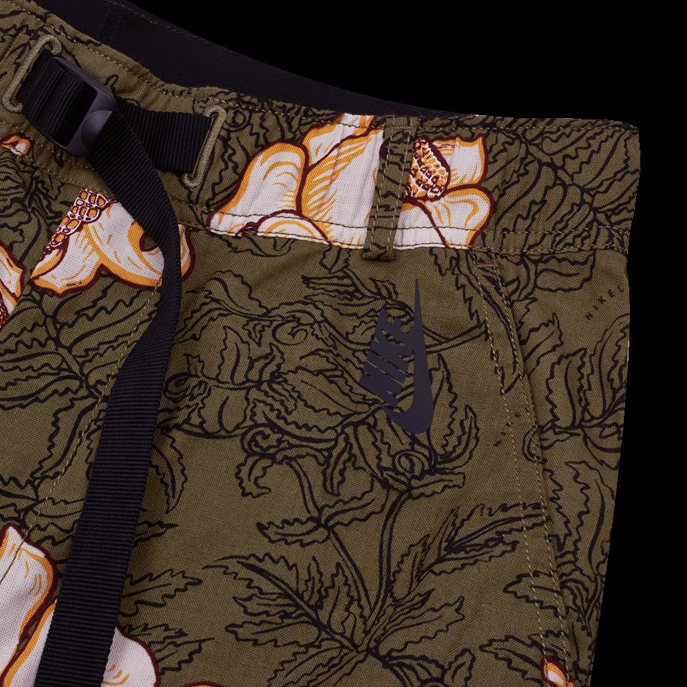 NRG Floral Short medium olive / black